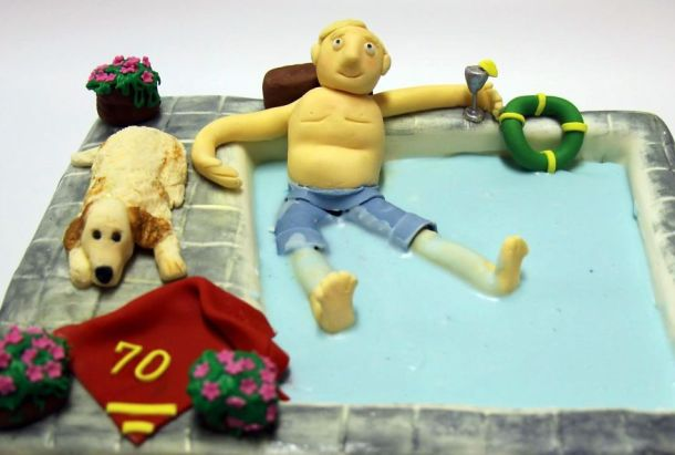 being-a-cake-sculptor-im-asked-to-make-everything-from-drunk-barbie-to-game-of-thrones-meets-15__880