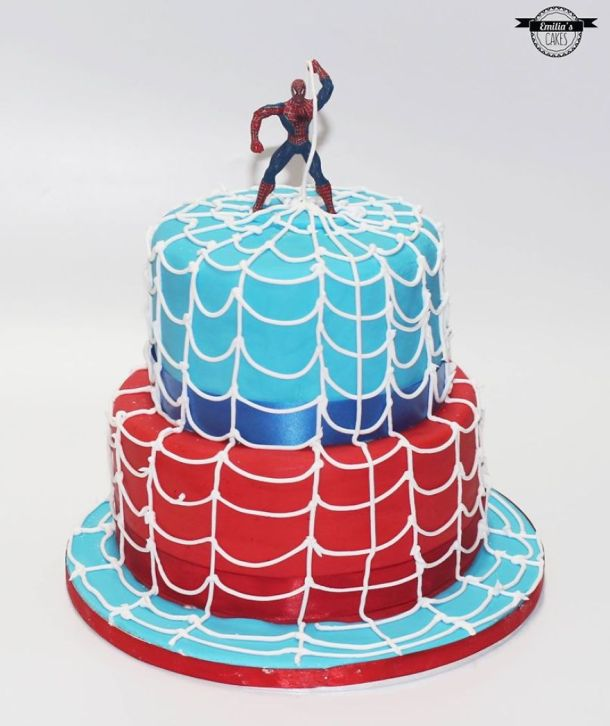 being-a-cake-sculptor-im-asked-to-make-everything-from-drunk-barbie-to-game-of-thrones-meets-6__880